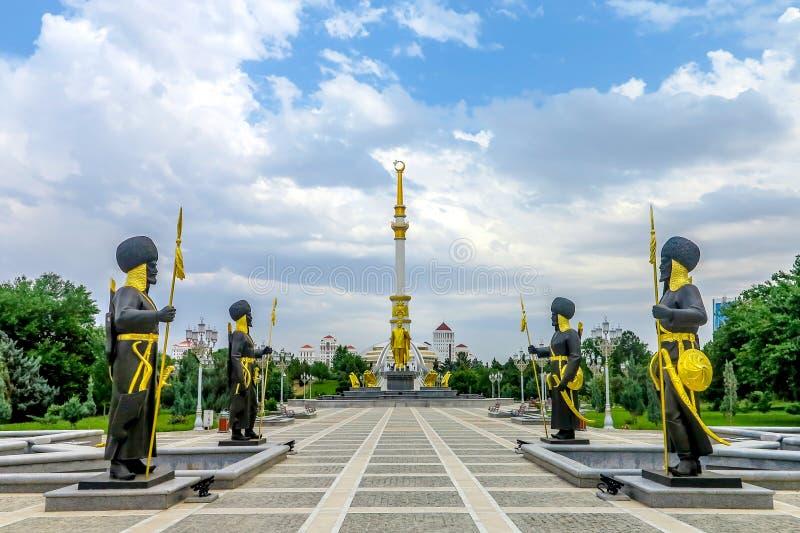 Monumento 02 de la independencia de Asjabad imágenes de archivo libres de regalías
