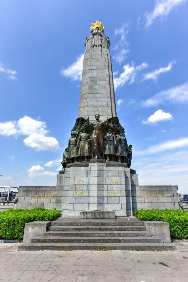 Monumento de la infantería - Bruselas, Bélgica fotos de archivo