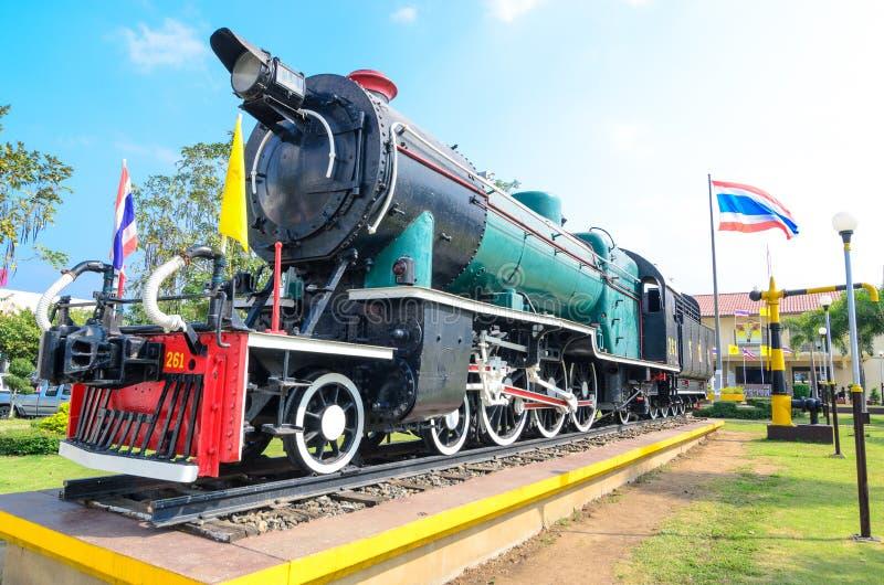 Monumento de la locomotora de vapor de Tailandia foto de archivo