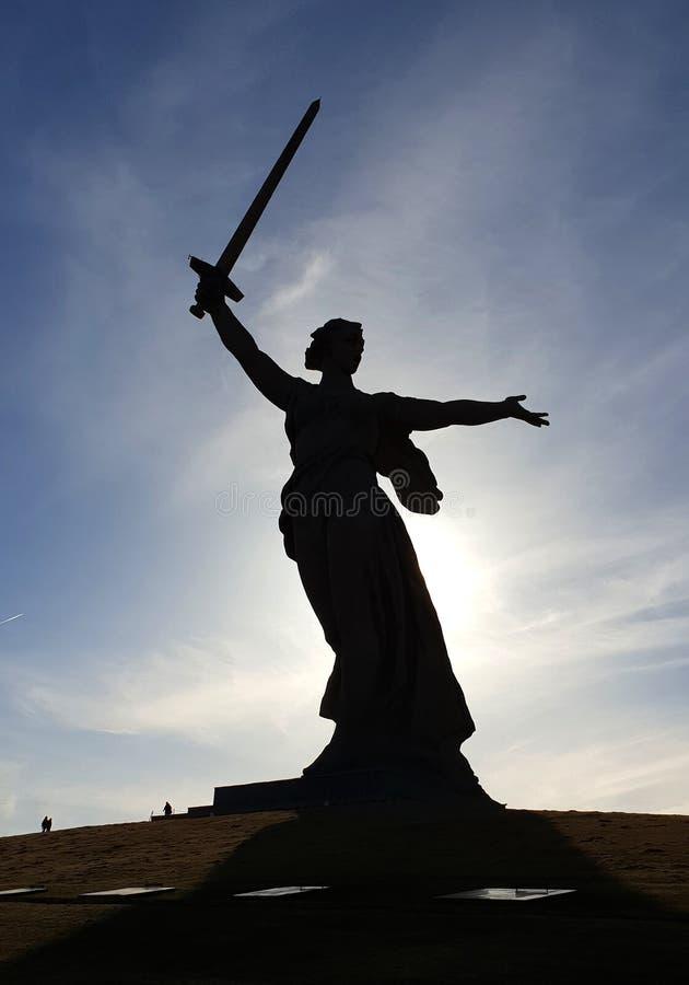 Monumento de la madre de la patria en Mamaew Kurgan en Stalingrad imágenes de archivo libres de regalías
