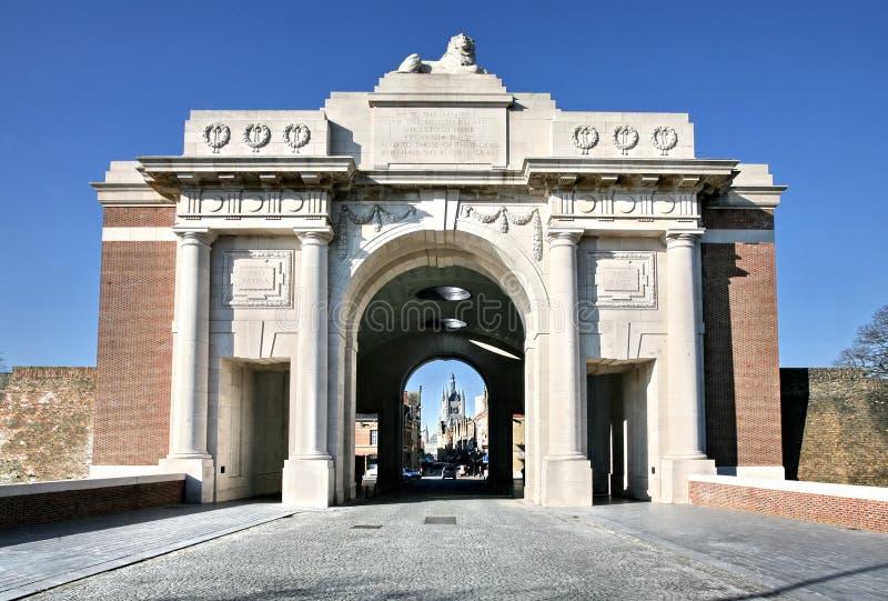 Monumento de la puerta de Menin en Ypres imágenes de archivo libres de regalías