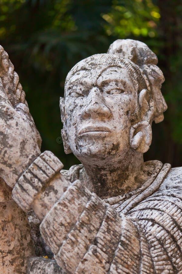 Monumento de maya nativo en México imágenes de archivo libres de regalías