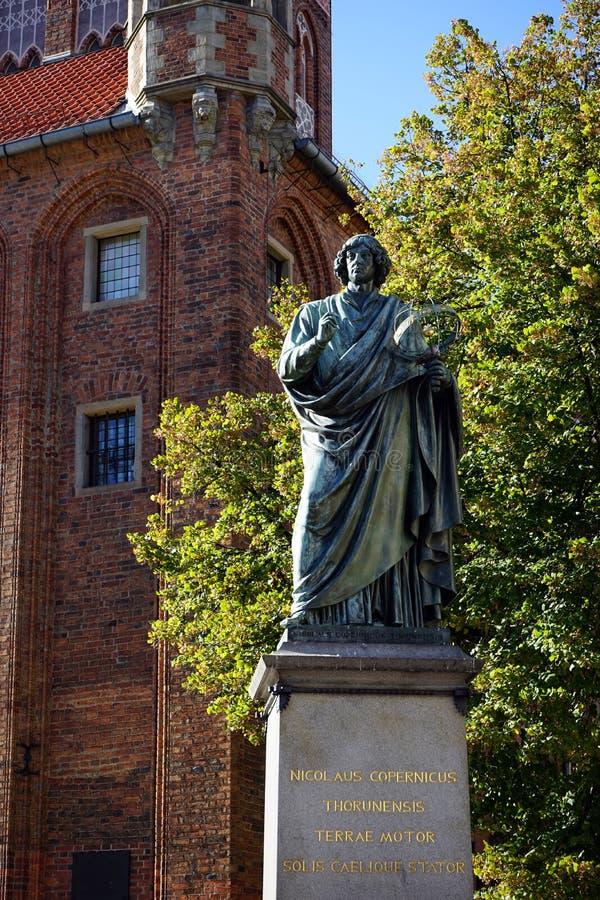 Monumento de Nicolaus Copernicus imagens de stock royalty free