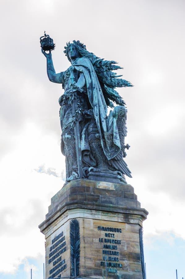 Monumento de Niederwald, Ruedesheim, Rheinland-Pfalz foto de stock