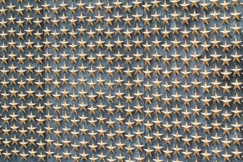 Monumento de oro de la Segunda Guerra Mundial de las estrellas imágenes de archivo libres de regalías