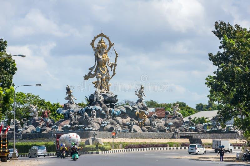 Monumento de Patung Titi Banda em Denpasar, Bali, Indonésia imagem de stock royalty free