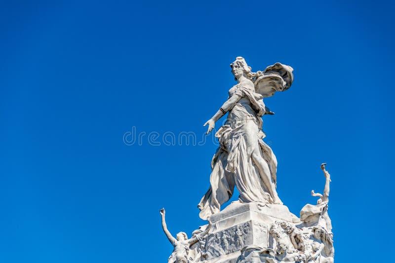 Monumento de quatro regiões em Buenos Aires, Argentina imagem de stock
