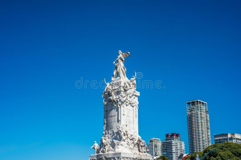 Monumento de quatro regiões em Buenos Aires, Argentina imagens de stock