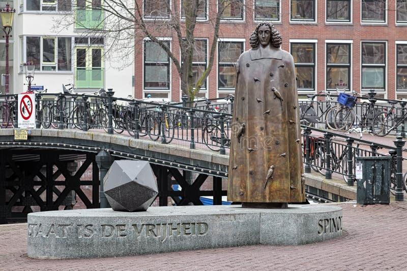 Monumento de Spinoza en Amsterdam, Países Bajos imágenes de archivo libres de regalías