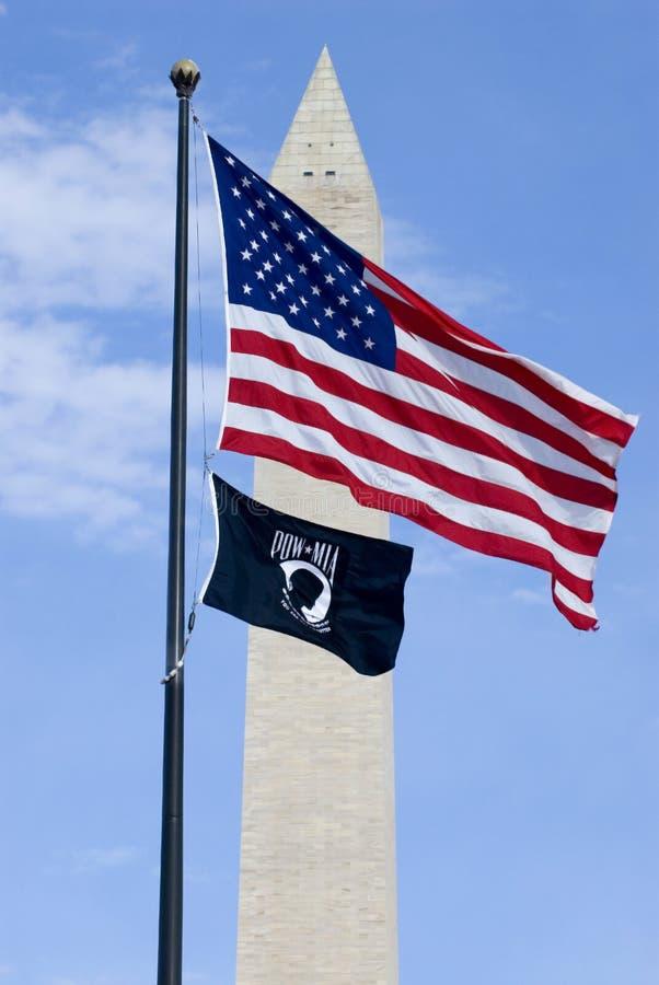 Bandera americana Washington Monument imagen de archivo libre de regalías