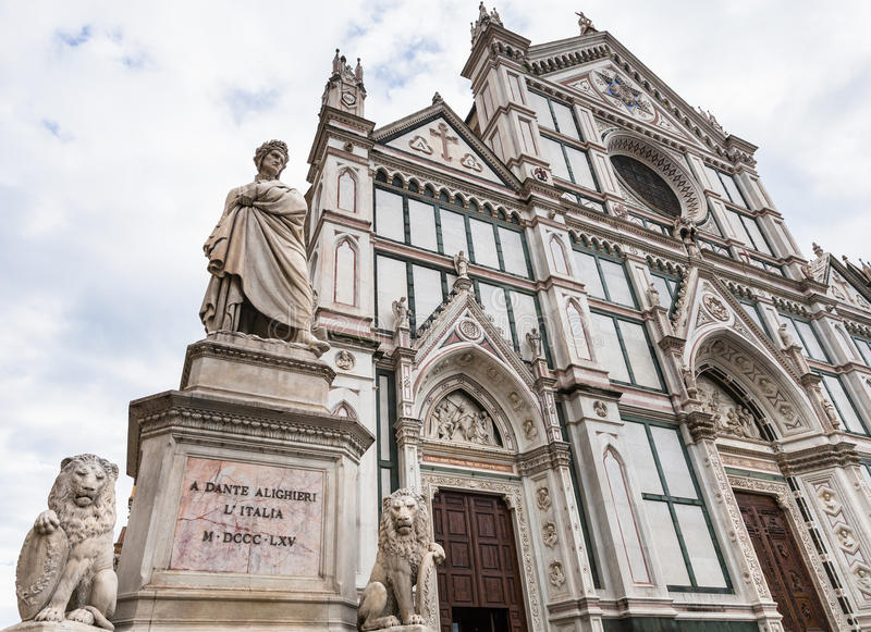 Monumento dei Di Santa Croce della basilica e di Dante immagini stock