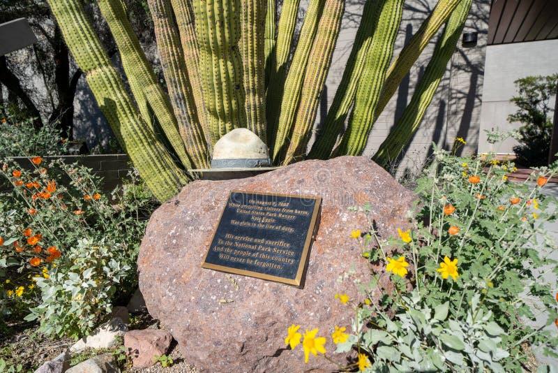 Monumento del centro del visitante dedicado al guarda del parque nacional Kris Eggle de los E.E.U.U., que fue asesinado por a imagen de archivo libre de regalías