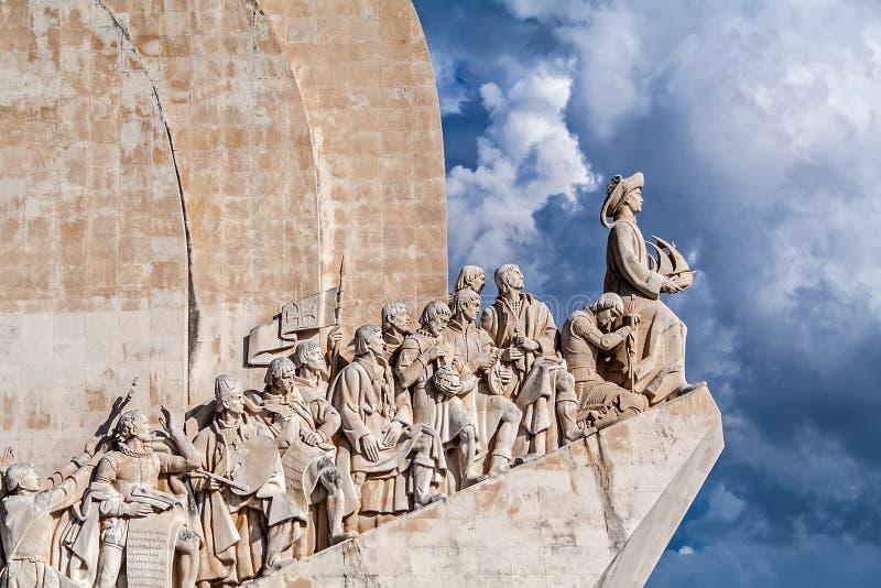 Monumento del DOS Descobrimentos de Lisboa, Portugal - de Padrao El monumento de los descubrimientos del mar fotografía de archivo libre de regalías