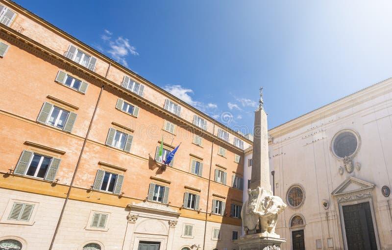 Monumento del elefante en Roma imagenes de archivo