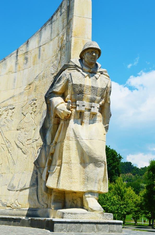 Monumento del guerrero, Rumania foto de archivo