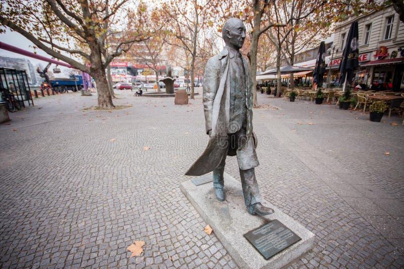 Monumento del primo cancelliere tedesco Konrad Adenauer immagini stock libere da diritti