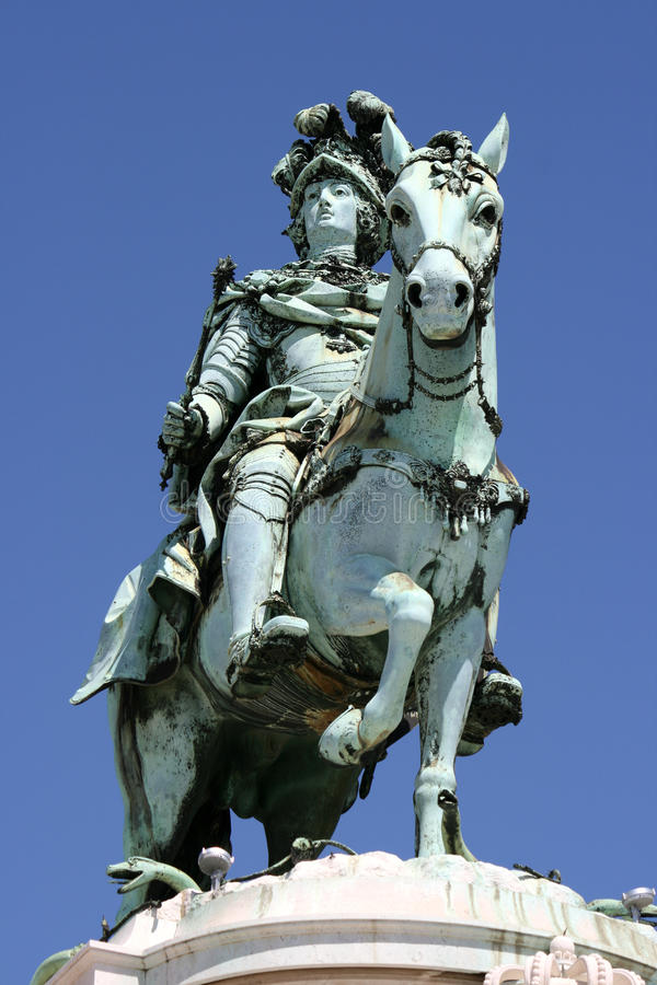 Monumento del rey de Portugal imagen de archivo libre de regalías
