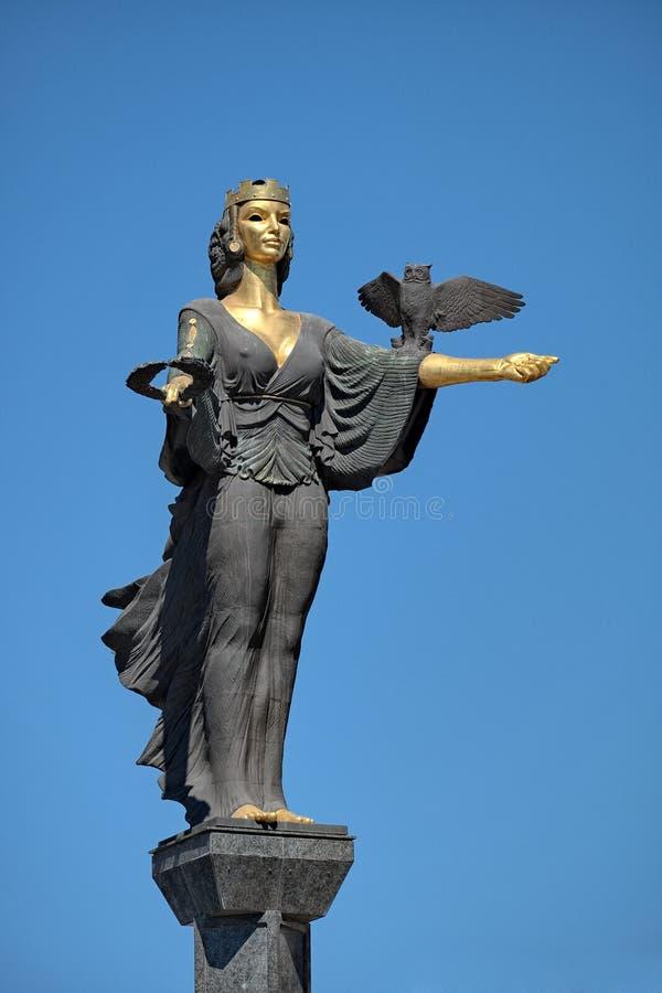 Monumento del santo Sophia en Sofía, Bulgaria fotos de archivo