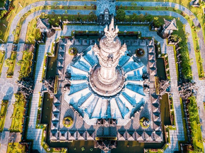 Monumento denpasar do renon da opinião de Aearial fotografia de stock