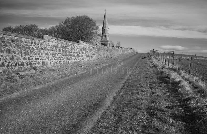 Monumento di Culsh e cimitero del commonwealth nel nuovo aberdeenshire Scozia dei cervi fotografia stock
