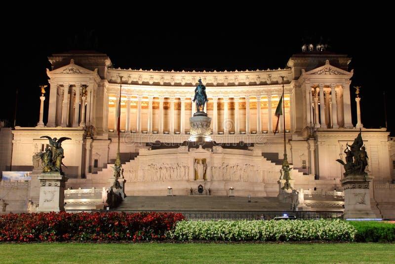 Monumento di Emmanuel II del vincitore fotografie stock