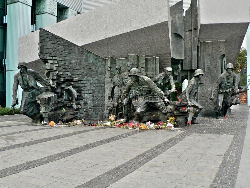 Download Monumento Di Guerra II Di Parola Immagine Stock - Immagine di combattimento, rivolta: 3133409