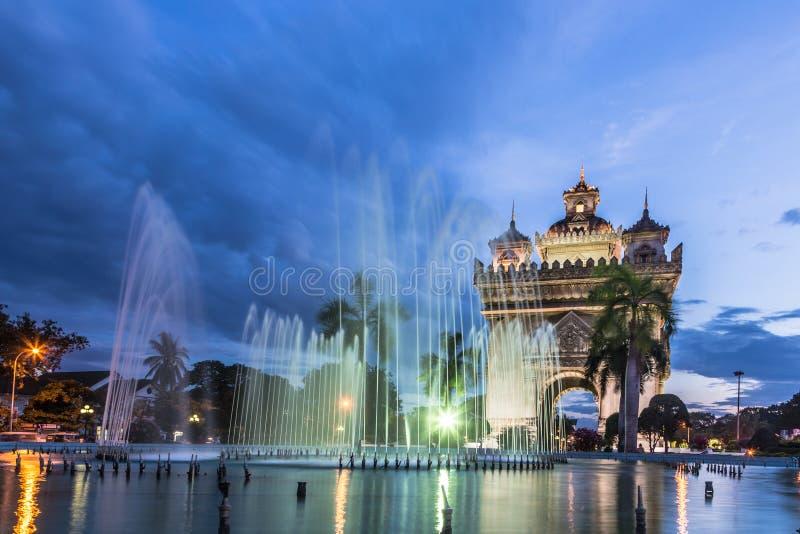 Monumento di Patuxay a Vientiane nel Laos fotografia stock