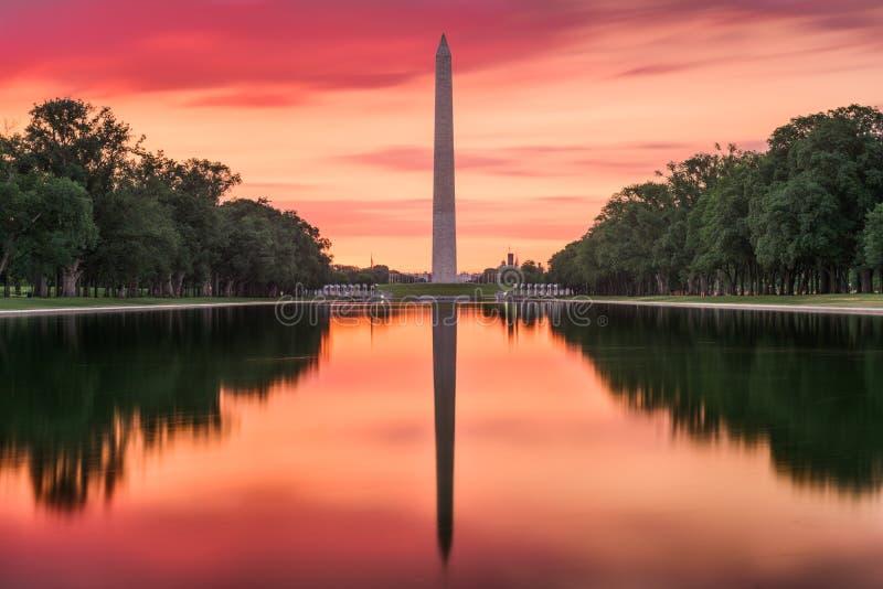 Monumento di Washington e raggruppamento di riflessione fotografia stock libera da diritti