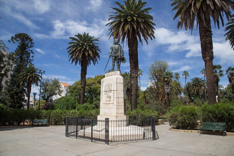 Monumento do fundador em Salta, Argentina imagens de stock