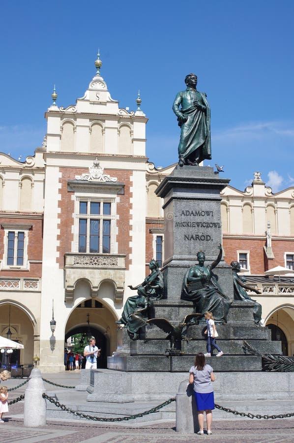 Monumento do grande poeta polonês Adam Mickiewicz fotos de stock