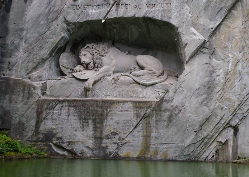 Monumento do leão em switzerland imagem de stock