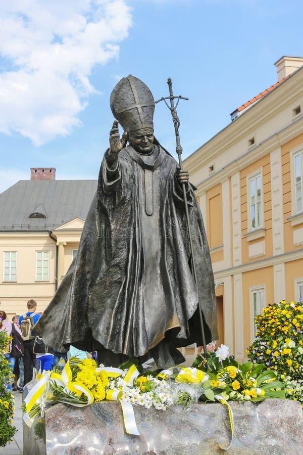 Monumento do papa John Paul II em sua cidade Wadowice da cidade nataa, Po foto de stock royalty free