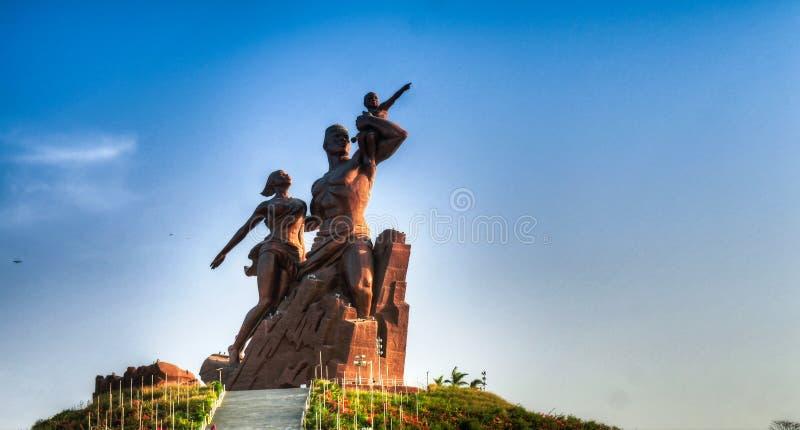 Monumento do renascimento de África, Dacar, Senegal imagens de stock