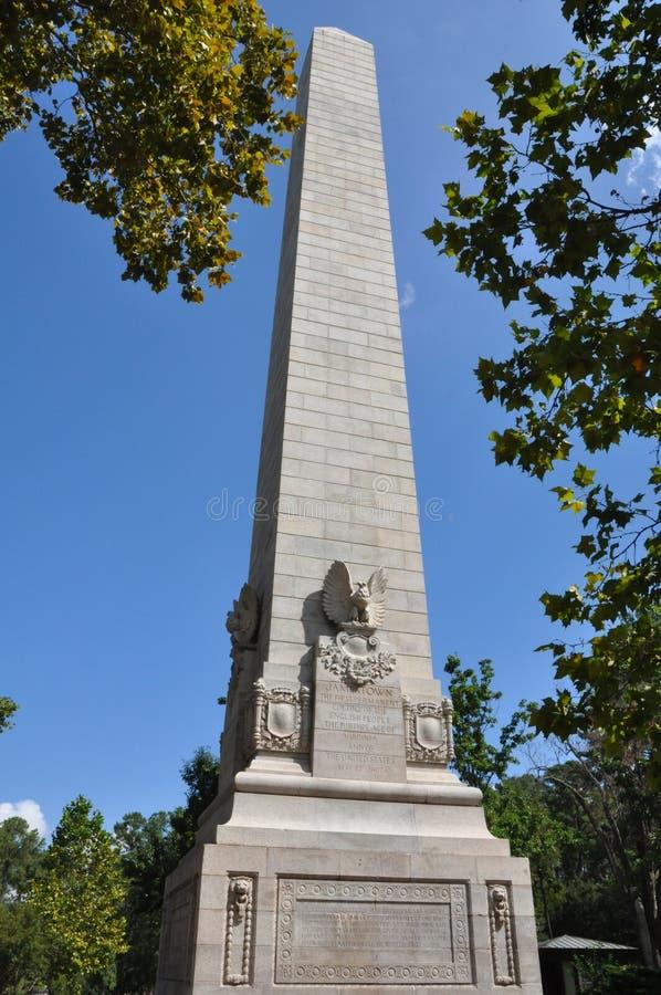 Monumento do tricentenário em Jamestown, Virgínia imagens de stock