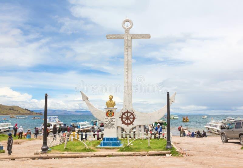Monumento a Don Eduardo Avaroa en Copacabana, Bolivia fotografía de archivo