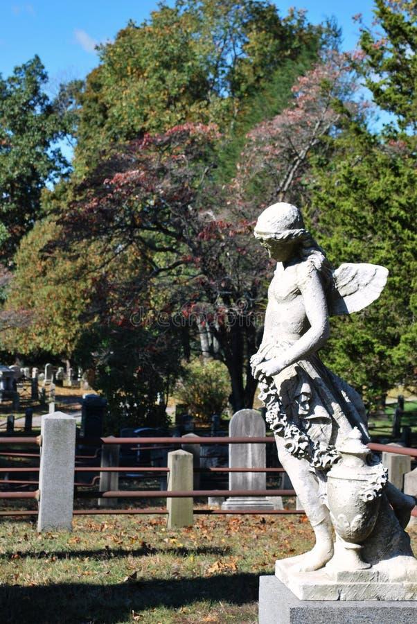 Monumento en cementerio fotos de archivo libres de regalías