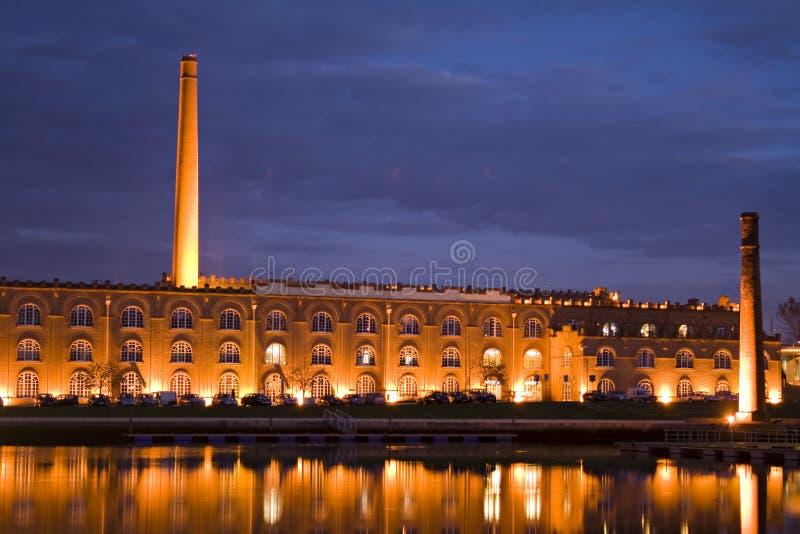 Monumento en la noche imagen de archivo