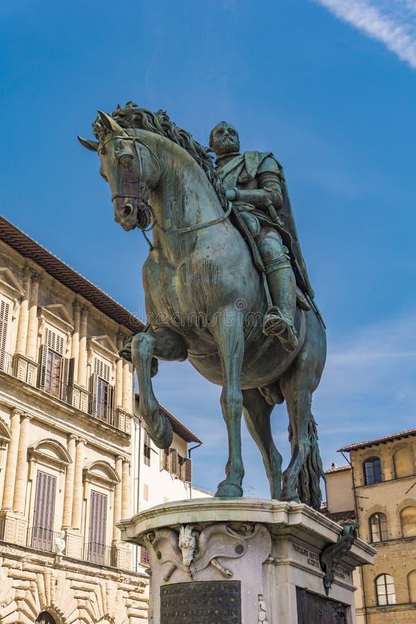 Monumento equestre di Cosimo I a Firenze fotografia stock libera da diritti