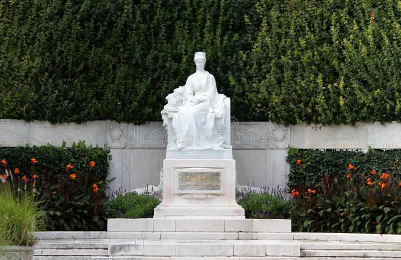 Monumento espléndido a la emperatriz ELISABETH SISSI en Viena imágenes de archivo libres de regalías
