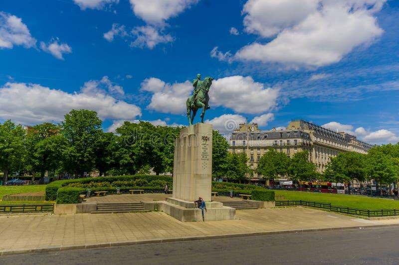 Monumento a Ferdinand Foch, Paris, França imagens de stock