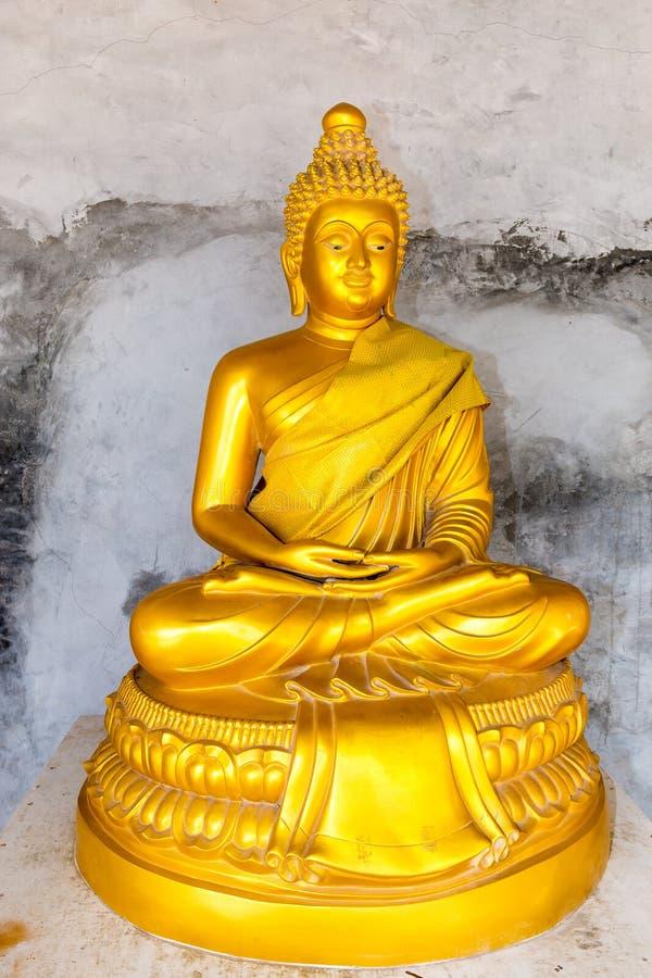 Monumento grande de Buda en la isla de Phuket en Tailandia imagen de archivo libre de regalías