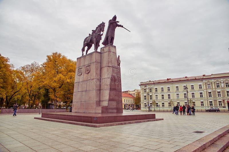 Monumento a grande Duke Gediminas fotografia stock libera da diritti