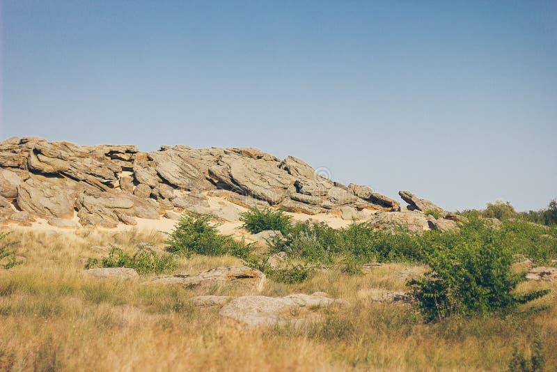 Monumento histórico na sepultura da pedra de Zaporozhye Ucrânia fotos de stock royalty free