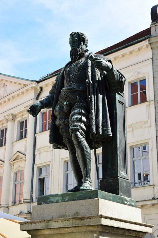 Monumento a Jakob Fugger em Augsburg, Alemanha foto de stock