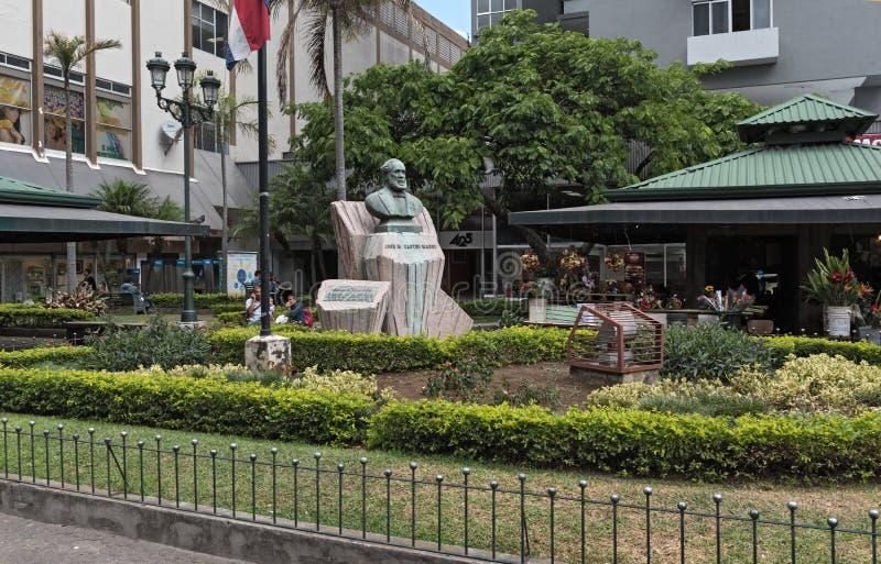 Monumento Jose Maria Castro Madriz en San Jose, Costa Rica fotos de archivo