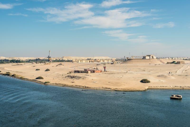 Monumento a la defensa de Ismailia, Egipto imagenes de archivo