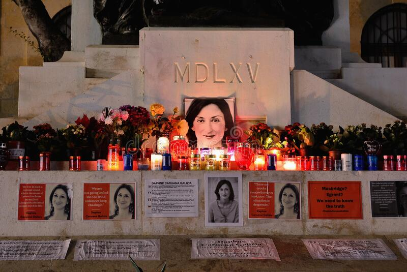 Monumento a la periodista asesinada Daphne Caruana Galizia, Malta fotos de archivo libres de regalías
