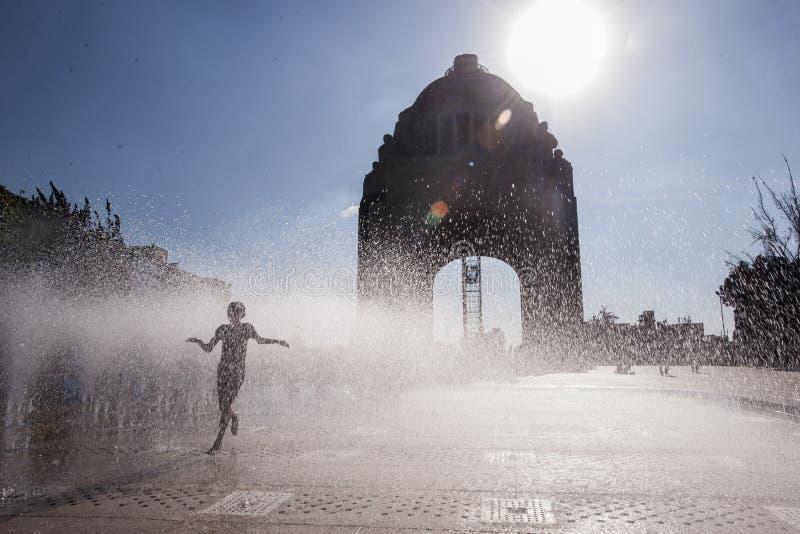 Monumento a la revolución fotografía de archivo libre de regalías