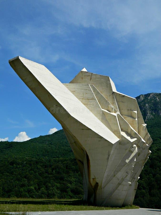 Monumento a la Segunda Guerra Mundial de Tjentiste, Bosnia y Herzegovina, parte del monumento fotografía de archivo libre de regalías