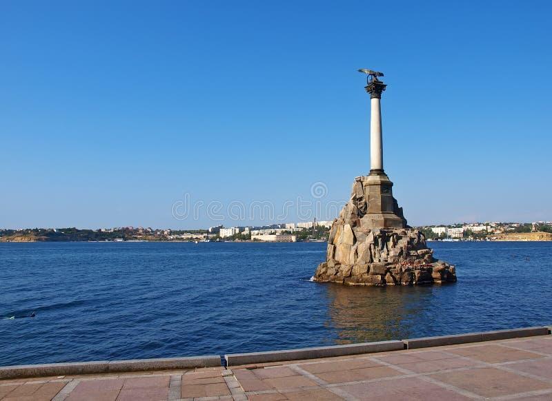 Monumento a las naves barrenadas en Sevastopol imagen de archivo